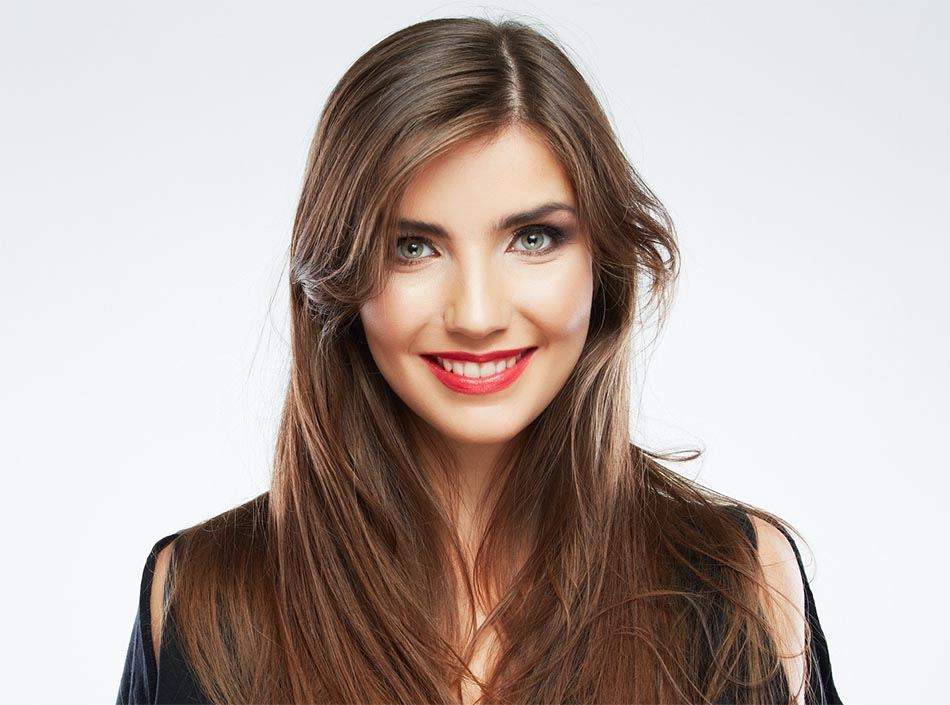 Why People Opt For Porcelain Veneers? A Popular Dental Phenomenon